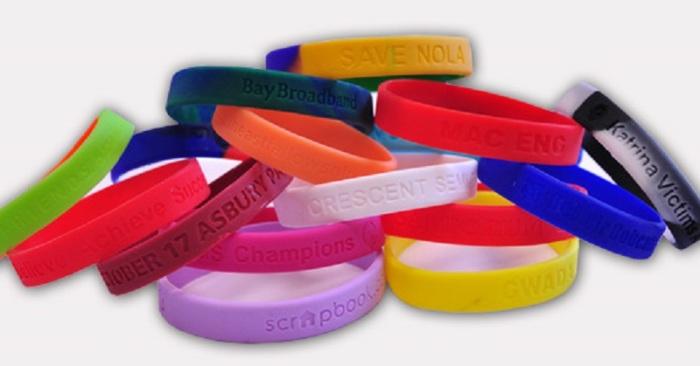 sweden-refugee-rape-bracelets