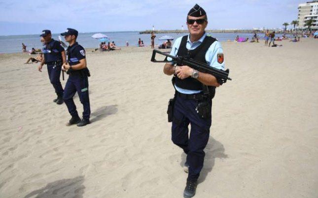 103762813_Armed-police-france-nice-terror-NEWS-large_trans++rlGZCAs0f1opXMM-AqxRftiGFsCo8PypwxwJWT-03ws